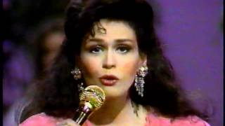 Marie Osmond - I'm In Love & He's In Dallas