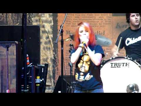 Paramore - Ignorance Live In Chicago (07-11-09) BEST QUALITY ON YOUTUBE!!!