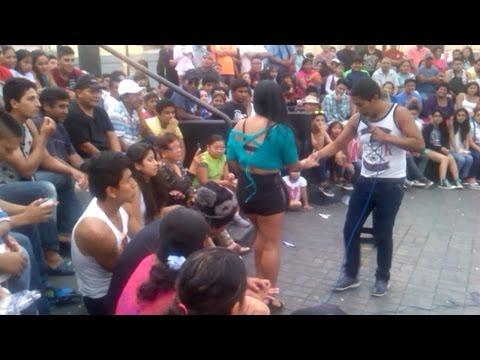 Comicos Ambulantes : Pestañita Y Pinky - Chabuca Granda (parte 1 De 3) video