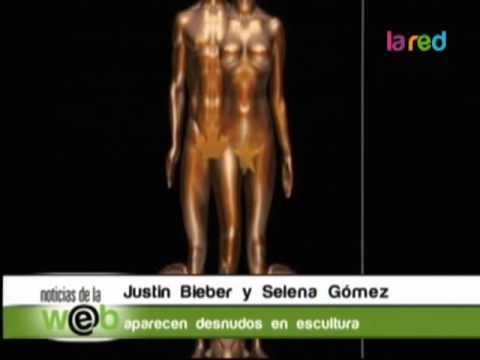 Justin Bieber y Selena Gómez aparecen desnudos en escultura