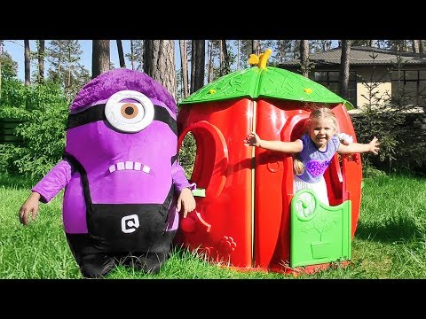 Diana Builds House for the Minion! Funny videos for children