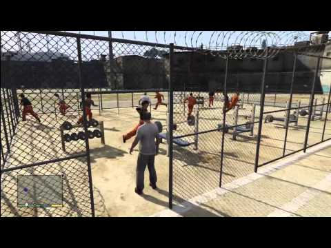 GTA 5: (EASTER EGG) Prison Fugitives. Inside Prison. Gym. Scared Prisoners. Sniper Guards. Inmates