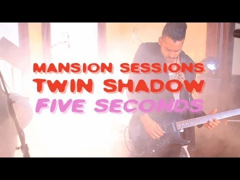 "Twin Shadow Performs ""Five Seconds"""