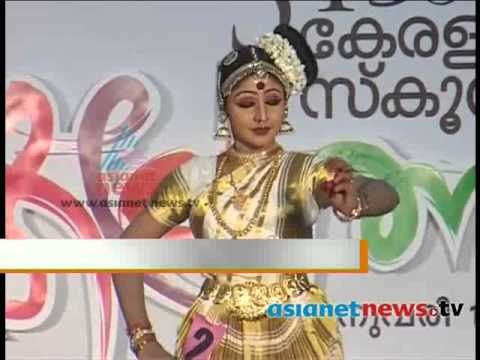 Tears Wet The Mohiniyattam Competition : Kerala School Kalolsavam 2014 video