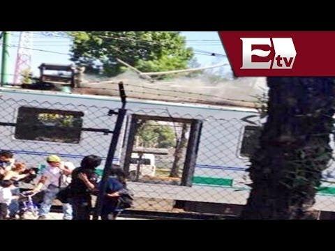 Incendio de cables en Tren Ligero afecta el servicio en la estación Estadio Azteca / Vianey Esquinca