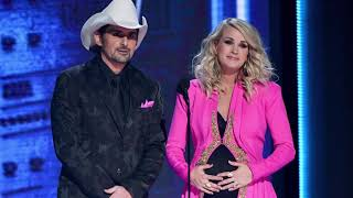 Carrie Underwood Brad Paisley Did It Again During Cma Awards Monologue