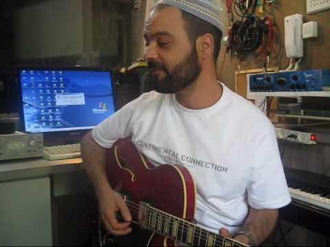 עמיר בניון לדעת הכל - גלויה מוזיקלית וביצוע חי Amir Benayoun
