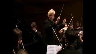 Conductor Lilyan Kaiv