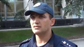 Altercație la Guvern, poliția interzice abuziv protestele