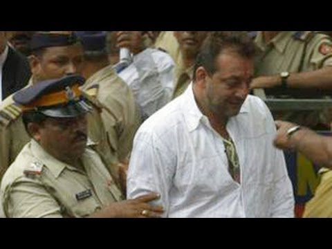 Watch Sanjay Dutt TROUBLESOME time in JAIL