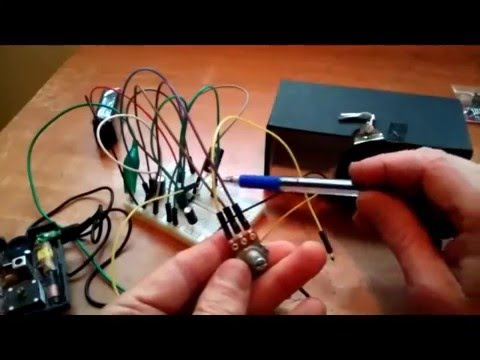 LM386 DIY Power Amplifier Breadboard Project