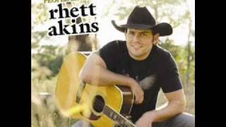Watch Rhett Akins Must Be Livin