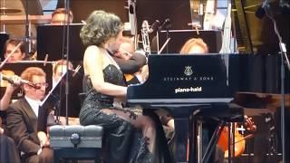 Khatia Buniatishvili - Rachmaninoff: Piano Concerto No 2, 2nd mov 2017. Khatia Buniatishvili Amazon