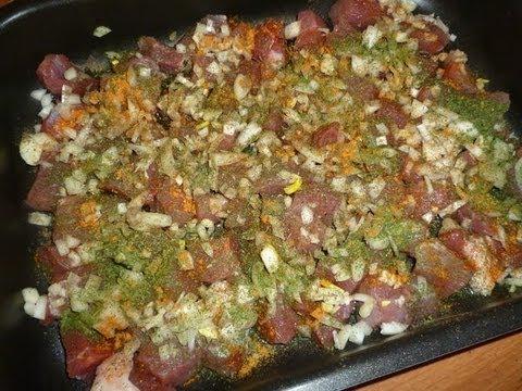 Слоёное мясо с картошкой в духовке