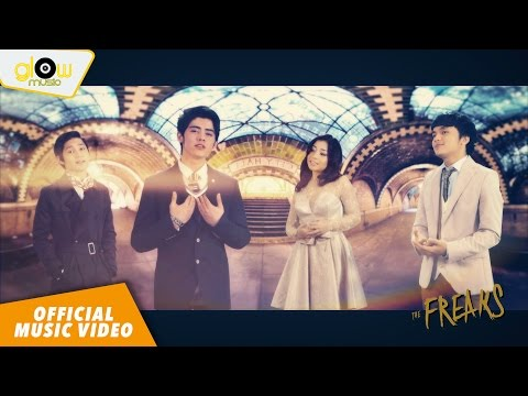 Aliando, Calvin J, Nikita Willy, Rassya - Bahagia Dengan Cinta [ Official Music Video ] #theFREAKS