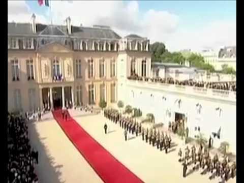 Во Франции состоялась инаугурация нового президента