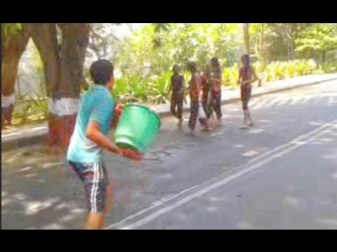 Holi Prank At Iit Bombay Very Very Funny :d :d video