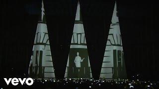 Alejandro Sanz - Llamando A La Mujer Accion