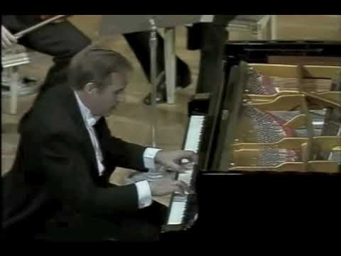 Joaquín Achúcarro - Mozart piano concerto K.467 - part 1