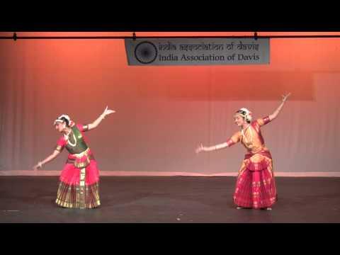 Paras Thillana (IAD Diwali 2013) - Nikita Mohapatra & Devyani Varma