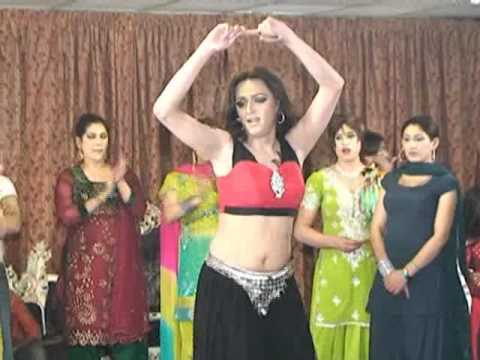 Chikni Chameli video