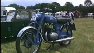 Bikes At Bloxham.WMV