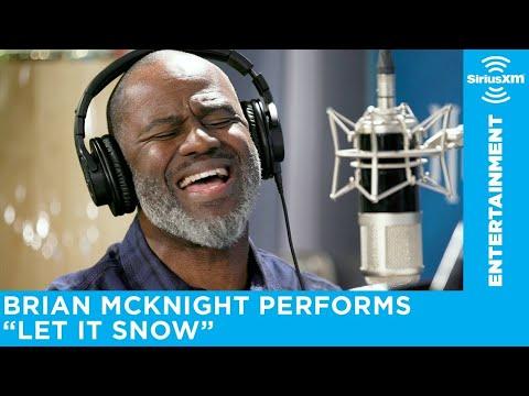 Brian McKnight performs