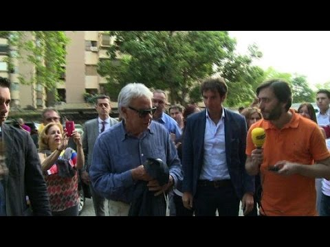 Felipe Gonzalez visits Caracas mayor under house arrest