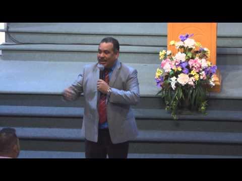 Pastor Luis Rivas la palabra revelada de Dios the revealed word of God 08 31 2014