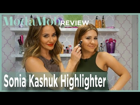 Sonia Kashuk Highlighter Is Perfect For A Subtle, Daytime Glow
