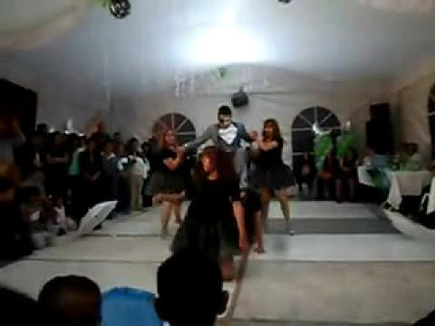 XV AÑOS BRYAN PILLOS  AAIRON DANCE VALS DAMAS DE HONOR
