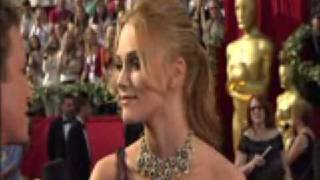 Keira Knightley Oscar Red Carpet Interview,2006