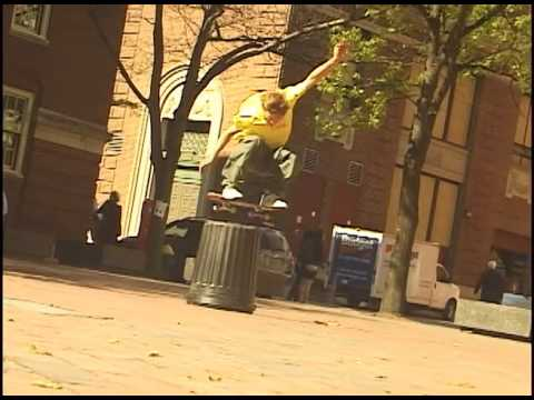 sessiontape #71: Mark Poole - Fakie ollie trashcan