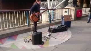 Ray Charles, Hit the Road Jack, cover by Susana Silva - busking in the streets of London, UK