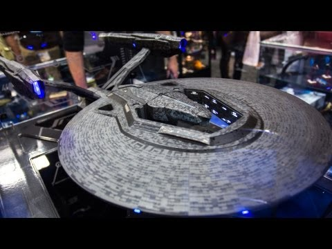 Star Trek: Into Darkness Starship Models from Quantum Mechanix