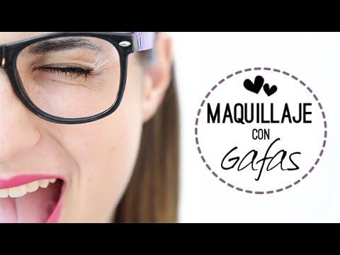 Maquillaje para chicas con gafas | Trucos y consejos