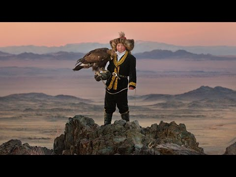 'The Eagle Huntress' movie review by Kenneth Turan streaming vf