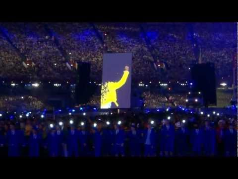 London 2012 Olympic Games closing Ceremony: Freddie Mercury/Brian May