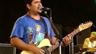Watch NoFx My Heart Is Yearning video