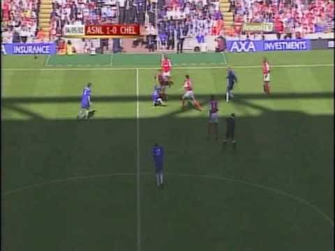 Arsenal v Chelsea - F.A Cup Final (2002) - Live Footage