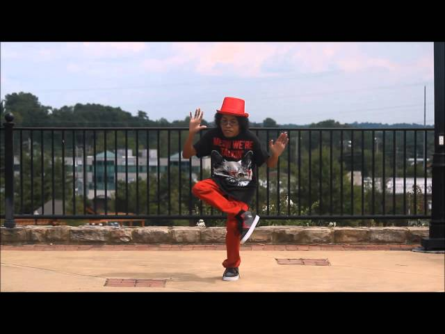 play video: CHIBI | LOVE ON FIRST SINE | DUBSTEP