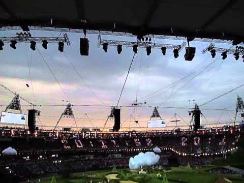Red Arrows fly past London Olympic Stadium just before the opening ceremony