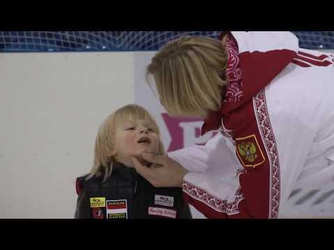 Первые занятия Александра Плющенко на фигурных коньках. 3.02.17 Настоящий спортсмен..не плачет!