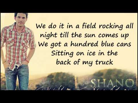 Granger Smith - We Do It In A Field Lyrics