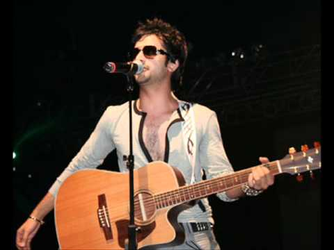 Atif Aslam Aankhon Ke Sagar-Live