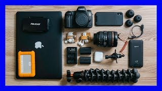 What's in my camera bag - Minimalist Kit