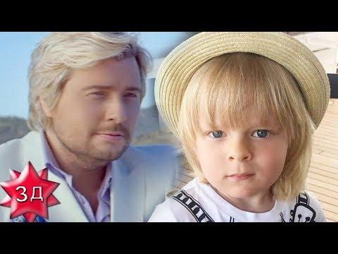 СЫН ПЛЮЩЕНКО И РУДКОВСКОЙ: Саша Плющенко и Николай Басков - два натуральных блондина на яхте!