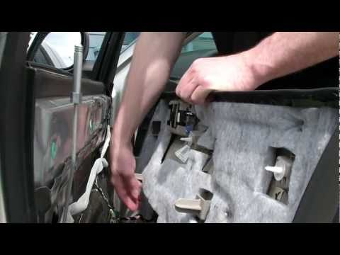 Chrysler 300 Door panel removal