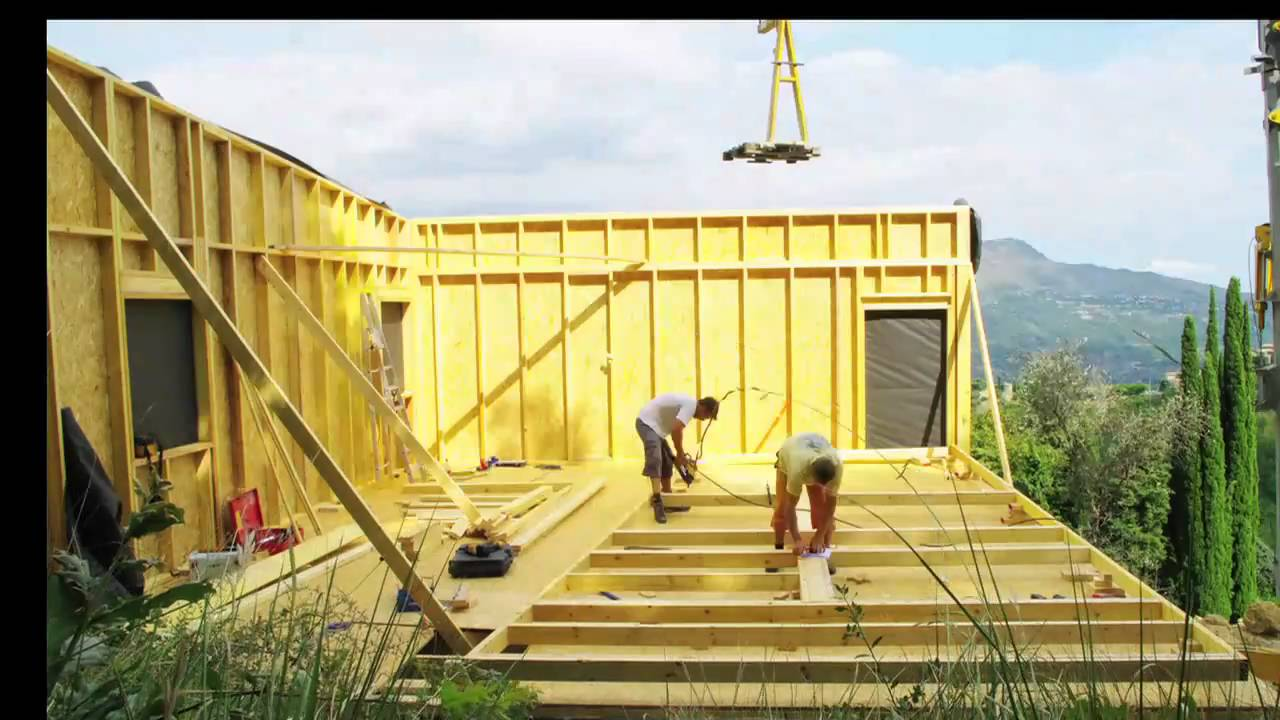 Construction maison ossature bois bbc youtube for Auto construction maison ossature bois