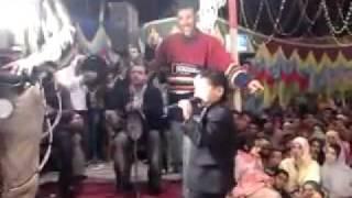 اصغر مغني فمصر محمد رزق مع النجم محمد عبدالسلام.mp4